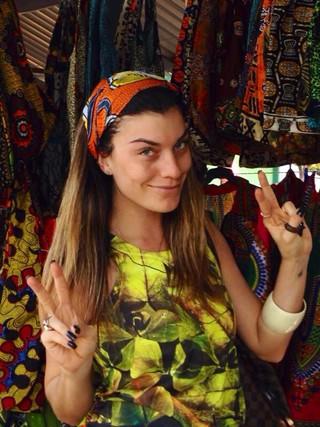 joana_balaguer._kanimambo_mocambique__obrigada_mocambique_em_dialeto