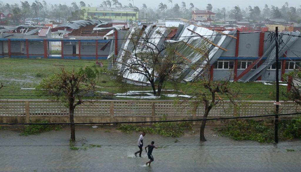 2019-03-18t161549z_1849168171_rc1e47231400_rtrmadp_3_zimbabwe-cyclone-mozambique-1024x585.jpg